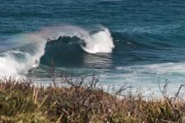 Arc en ciel sur la vague