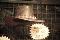 Le chapeau de Crodile Dundee, le vrai?